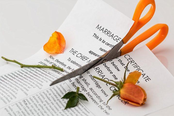 離婚は夫次第は依存の証拠